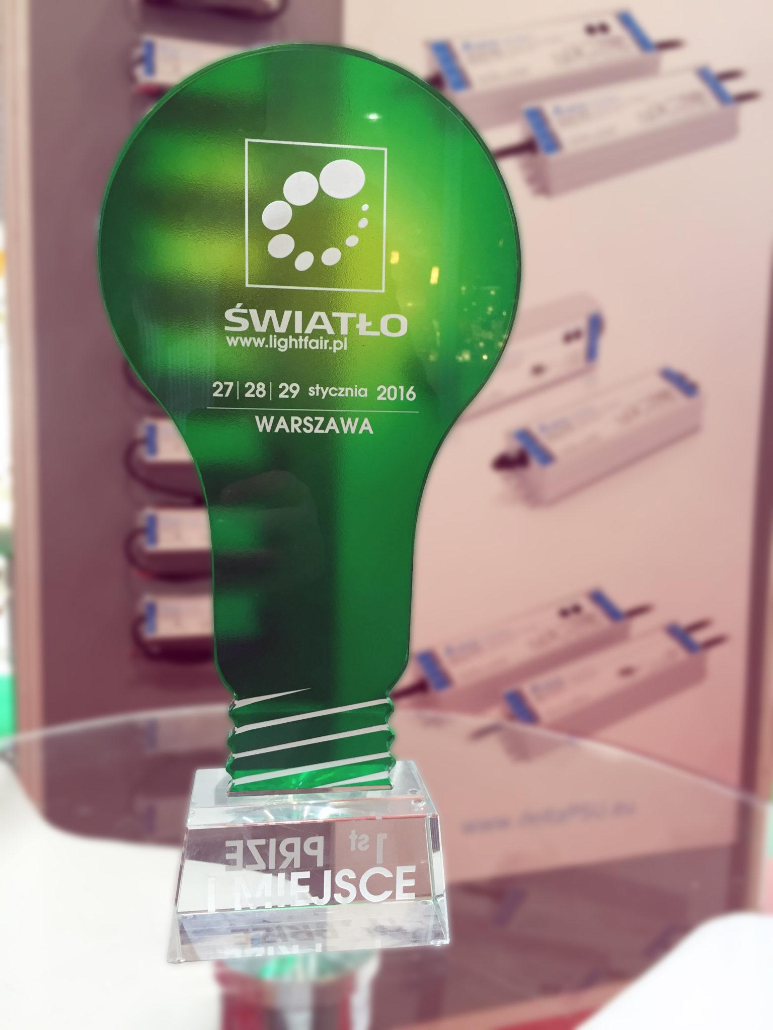 Nagroda dla MPL Power Elektro Sp. zo.o. zazasilacze Delta Electronics zserii LNE